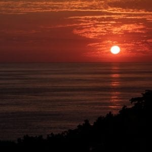 MANUEL ANTONIO SUNSET-NIGHT HIKE EXPERIENCE
