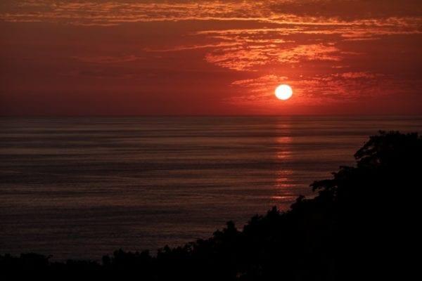 MANUEL ANTONIO SUNSET-NIGHT HIKE EXPERIENCE