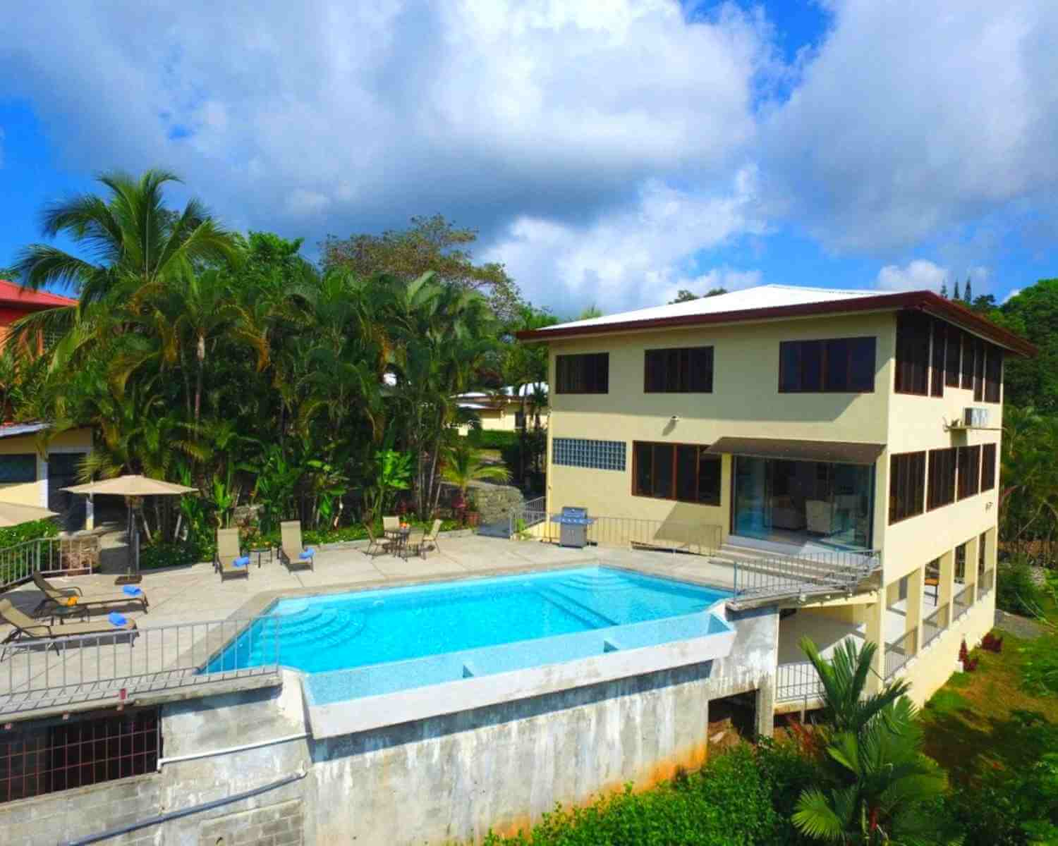 Stunning Pool House Manuel Antonio Vacation Rental