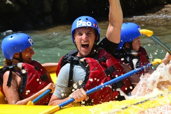 Lets get wet ! Pro Rafting CR
