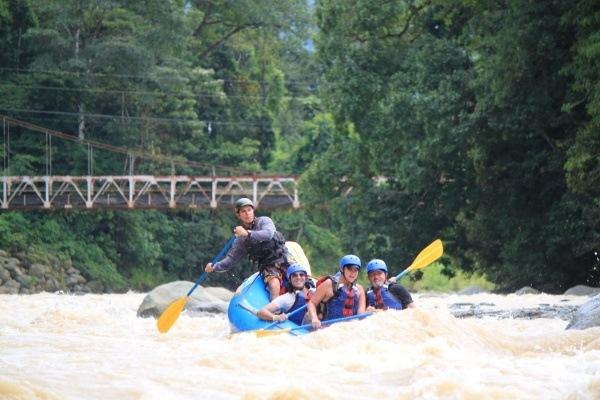 Naranjo River Rafting class 3 and 4