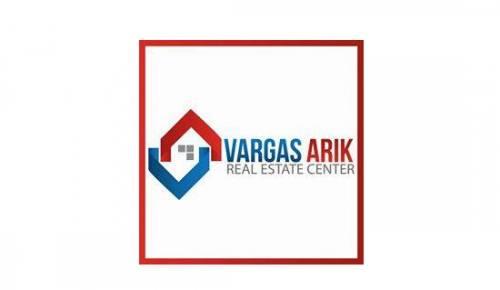 Vargas Arik real estate center
